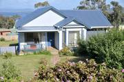 Omaroo Bruny Island Sea View Cottage